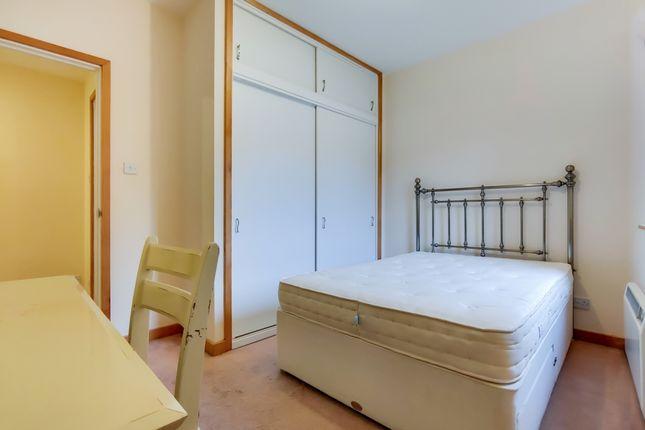 6_Bedroom 2-0 of Greenwich Church Street, London SE10