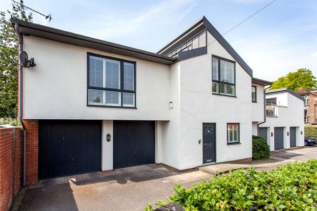 Thumbnail Link-detached house for sale in Claremont Gardens, Marlow, Buckinghamshire