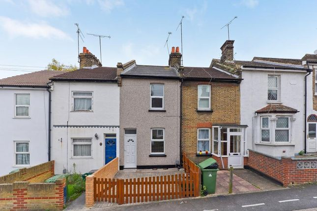 Thumbnail Terraced house to rent in Willis Road, Erith
