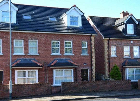 Thumbnail Flat to rent in Beechfield Mews, Lisburn