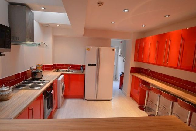7 bed terraced house to rent in Tiverton Road, Selly Oak, Birmingham, West Midlands.