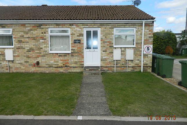 Thumbnail Bungalow to rent in St Michaels Lane, Longstanton