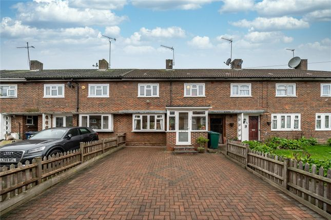 Terraced house for sale in George Crescent, London