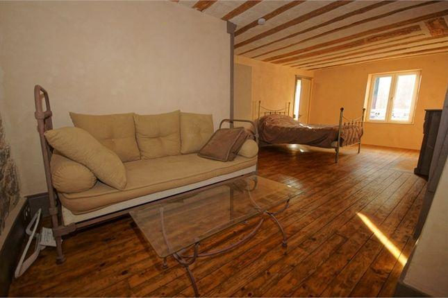 3 bed apartment for sale in Franche-Comté, Jura, Salins Les Bains
