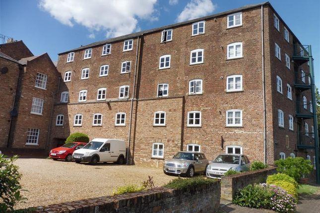 2 bed flat to rent in Schooner Wharf, Old Market, Wisbech PE13