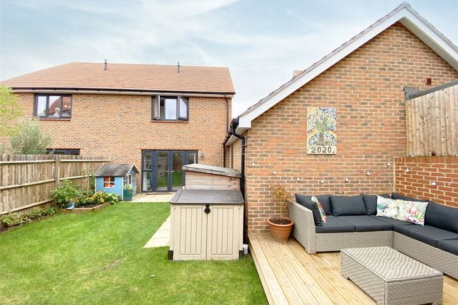 Picture No. 21 of Ambler Drive, Arborfield Green, Reading, Berkshire RG2