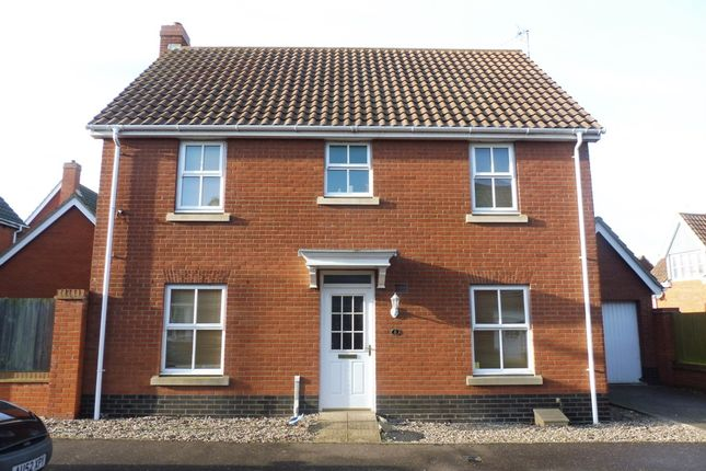 4 bed detached house for sale in Barnard Close, Gorleston, Great Yarmouth