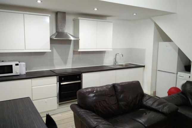 Thumbnail Flat to rent in Moor Lane, Preston, Lancashire