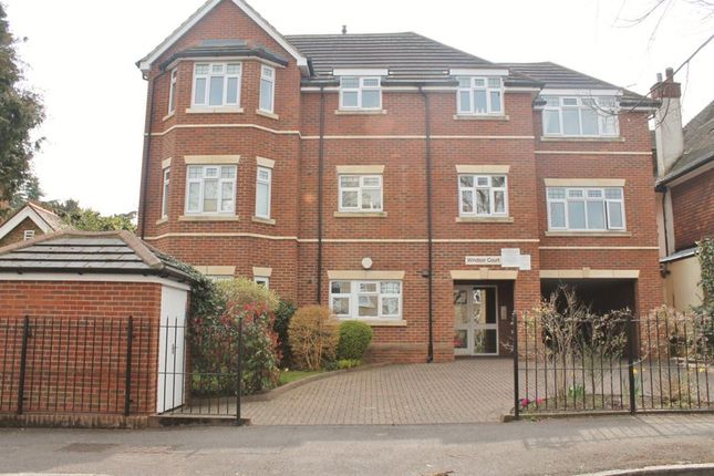 Thumbnail Flat to rent in Windsor Court, Devonshire Road, Sutton
