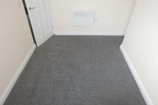 Bedroom of Wellington Street, Batley WF17