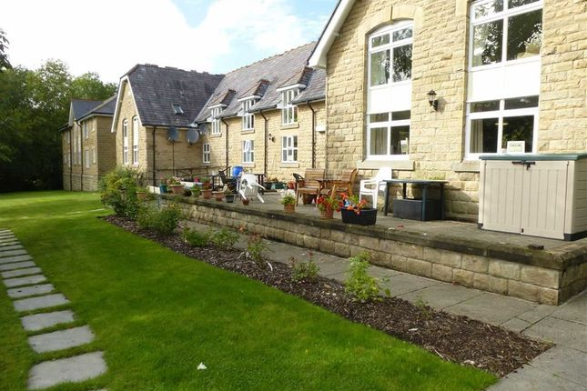 Thumbnail Flat to rent in Market Street, Hayfield, Derbyshire