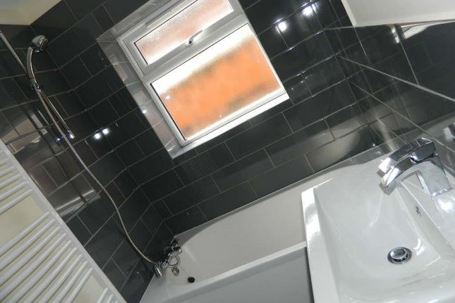 Thumbnail Terraced house to rent in Chinwell View, Levenshulme, Manchester