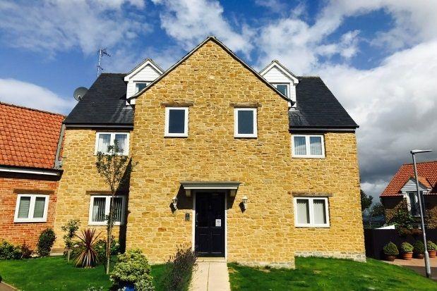 Thumbnail Maisonette to rent in Primrose Lane, Yeovil