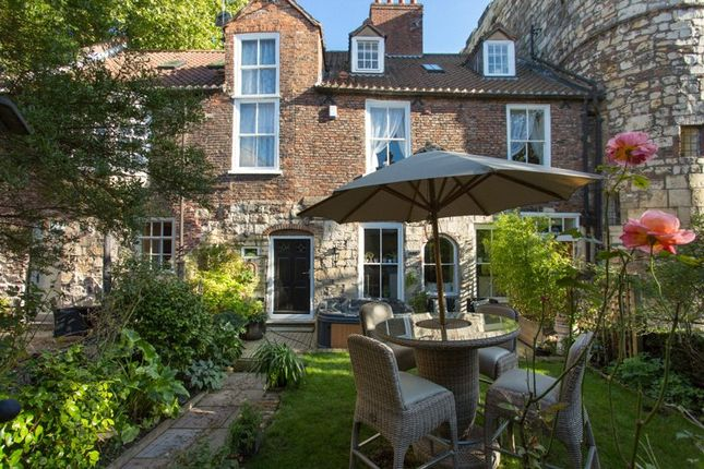 Thumbnail Semi-detached house for sale in Lendal Hill House, Lendal Bridge, York, North Yorkshire
