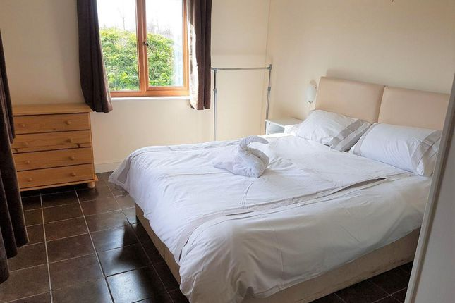 Thumbnail Flat to rent in Chilton Trinity, Bridgwater