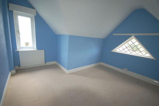 Bedroom 4 of Bow Street SY24