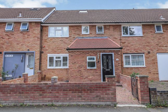 Thumbnail Terraced house for sale in Tangham Walk, Basildon