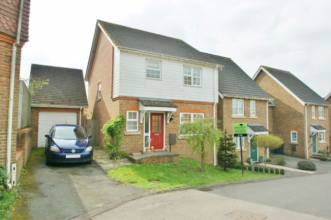 Thumbnail Detached house to rent in High Ridge, Ashford