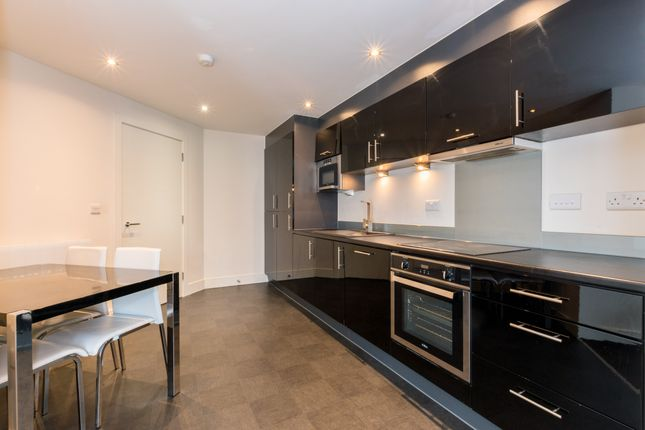Thumbnail Flat to rent in Crown Point Road, Hunslet, Leeds