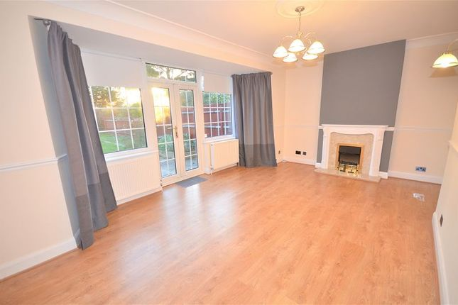 Thumbnail Detached house to rent in Sidcup Road, Eltham