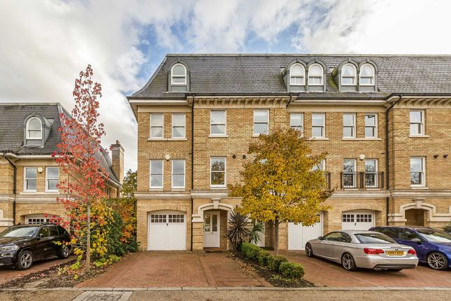 5 bed property for sale in Langdon Park, Teddington