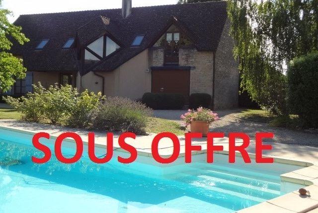5 bed detached house for sale in Bourgogne, Saône-Et-Loire, Tournus