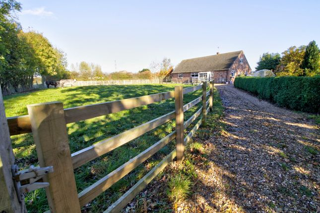 Detached house for sale in Thornton, Melbourne, York