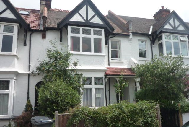 3 bed terraced house to rent in Chisholm Road, Croydon