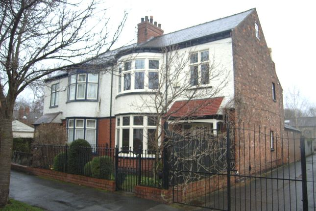 Thumbnail Semi-detached house for sale in Richmond Street, Hull