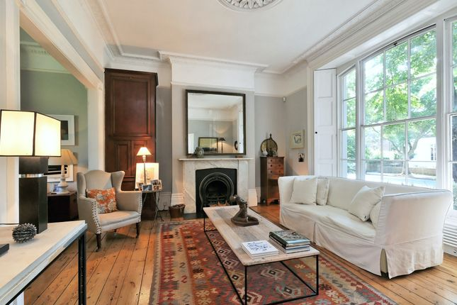 Thumbnail Town house to rent in Northampton Park, London