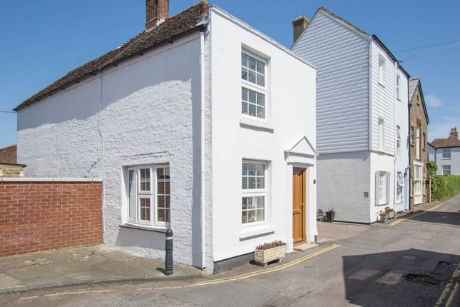 Thumbnail Detached house for sale in Enfield Road, Deal