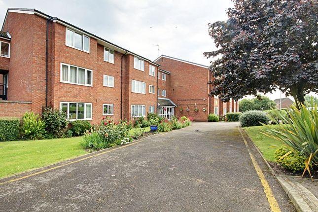 Thumbnail Flat to rent in Regency Lodge, Elmden Court, Clacton