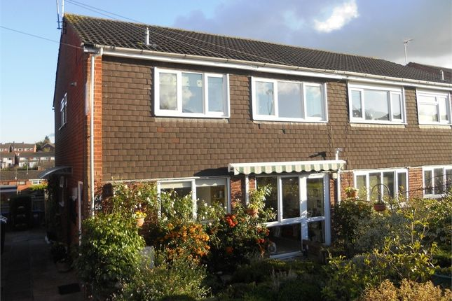 Thumbnail Maisonette to rent in Cornwallis Road, Bilton, Rugby, Warwickshire