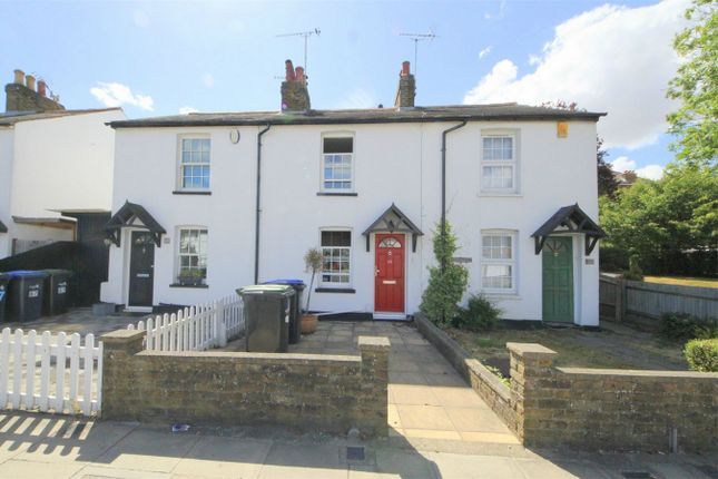 Thumbnail Cottage to rent in Chase Road, London