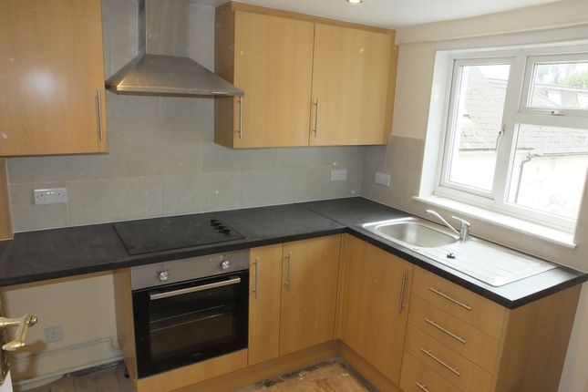 Thumbnail Maisonette to rent in Station Street, Lewes