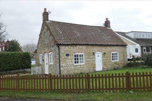 Cottage to rent in School Lane, Appleby, Scunthorpe