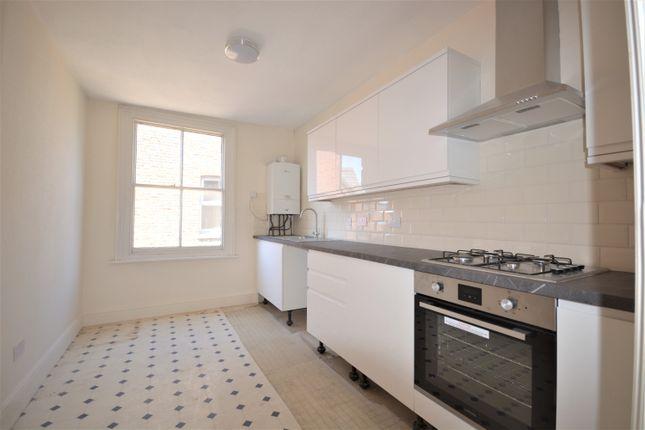 Thumbnail Maisonette to rent in Parklands, Berrylands, Surbiton