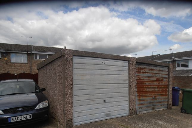 Parking/garage for sale in Solway, East Tilbury