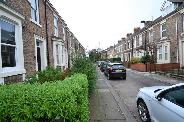 3 bed terraced house to rent in Harrison Place, Sandyford, Newcastle Upon Tyne NE2
