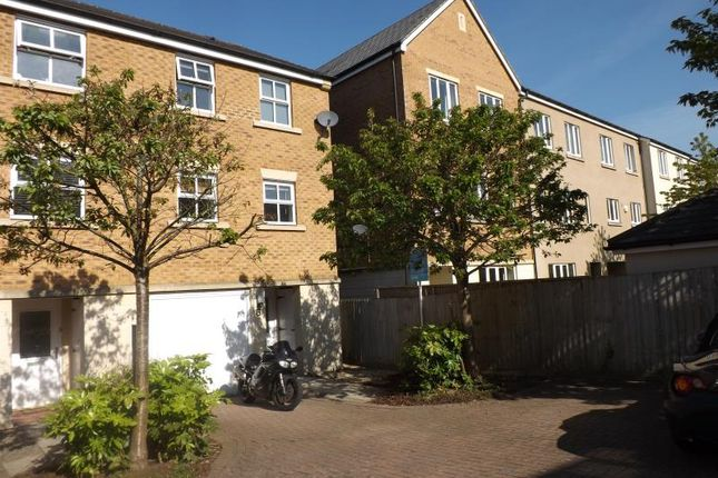 Thumbnail Town house to rent in Wren Close, Stapleton, Bristol
