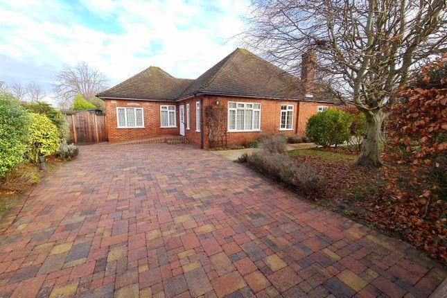 Thumbnail Detached bungalow for sale in Mount Avenue, Hutton Mount, Brentwood