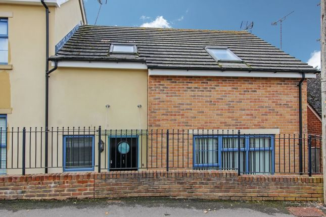 3 bed semi-detached house to rent in Annabel Court, Dene Road, Andover SP10