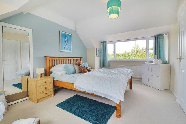 Guest Bedroom of Warltersville Way, Horley RH6