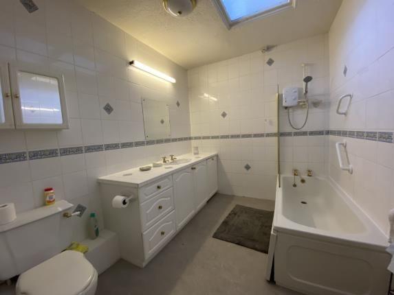 Bathroom of Silverburn, 193 St. Annes Road East, Lytham St. Annes, Lancashire FY8