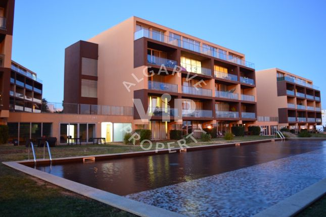 2 bed apartment for sale in Portimão, Portugal