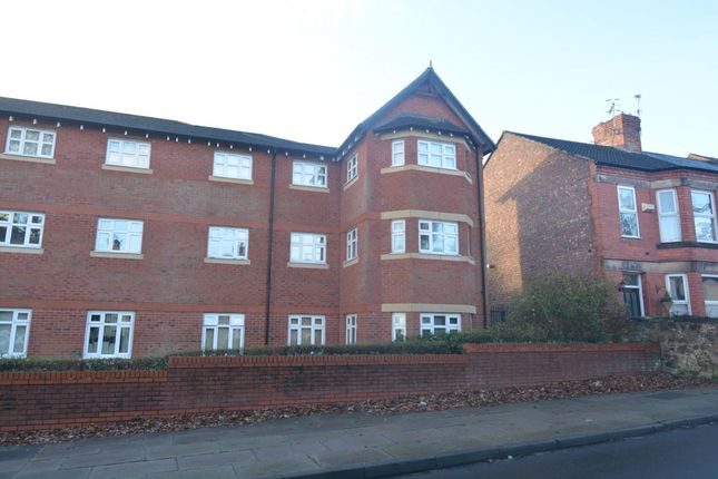 Thumbnail Flat to rent in Village Road, Bebington, Wirral