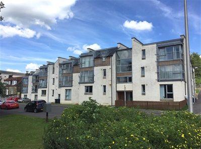 Thumbnail Flat to rent in Mid Street, Bathgate, Bathgate
