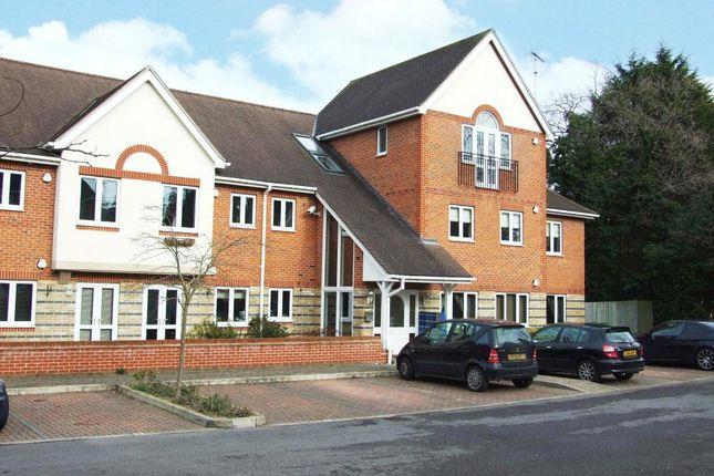 Thumbnail Flat to rent in Gray Place, Wokingham Road, Binfield, Berkshire