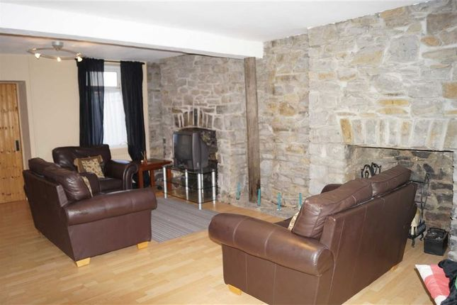 Thumbnail Cottage for sale in Middle Row, Cwmpennar, Mountain Ash