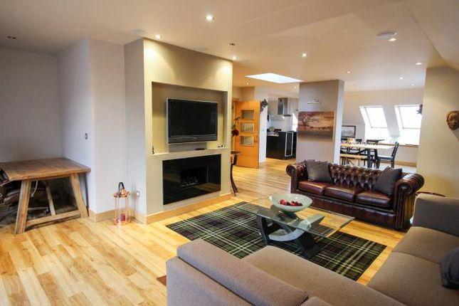Thumbnail Flat to rent in Water Street, Edinburgh
